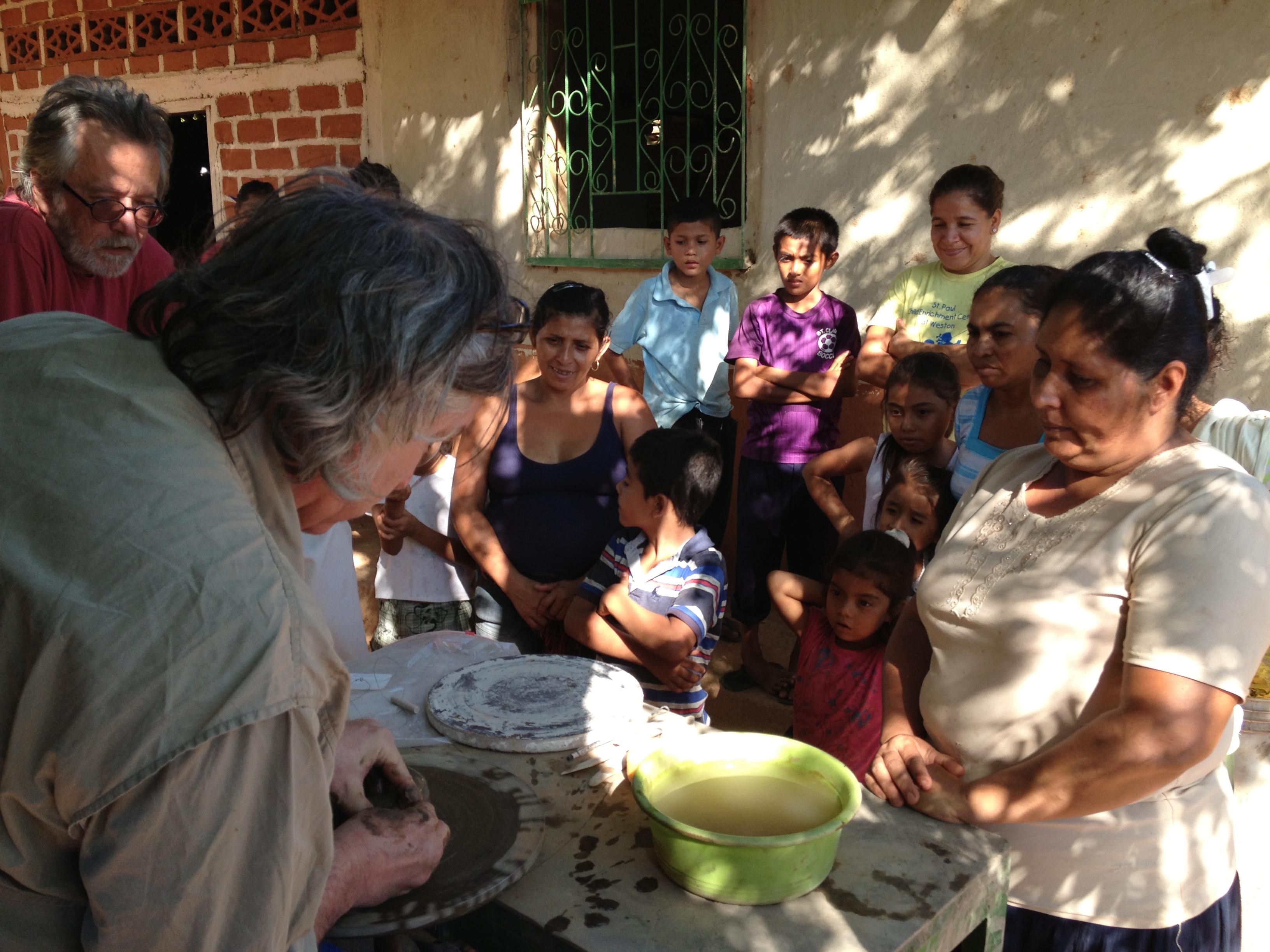 Steve demonstrating technique in El Ojoche, Nicaragua.